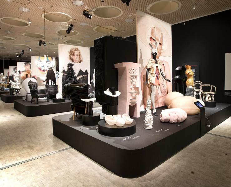 fetishism_exhibition 2 redim.jpg