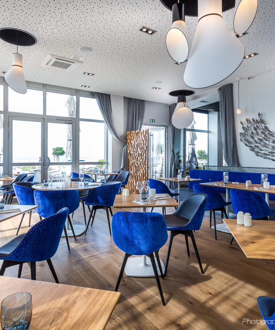 Shore-Brasserie-La-Baule-Salle-Bleue-3.jpg